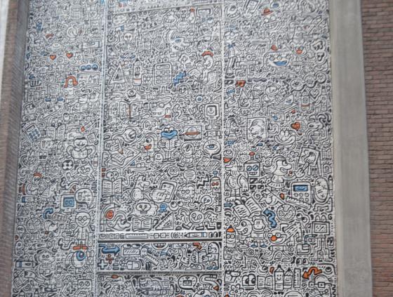 Nieuwe muurschildering op het Anneessens-Funck Instituut