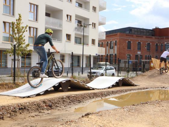 Eerste 100% duurzame pumptrack in Stad Brussel