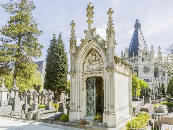 Audiogidsen voor de bezoekers van de kerkhoven
