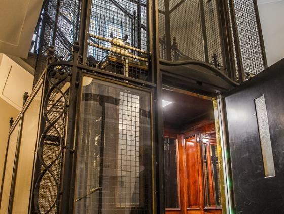 Erkenning van een historische lift