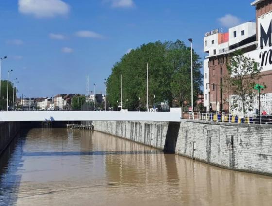 Oproep voor de naamgeving van voetgangersbruggen
