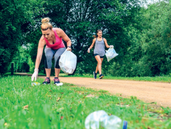 Plogging: lopen en afval opruimen