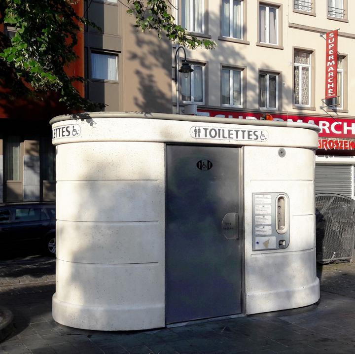 Projectoproep. Uitvoering van een kunstwerk op 3 openbare toiletten